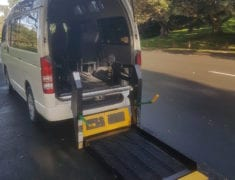 Wheelchair lift Toyota Hiace Van for travelling in New Zealand
