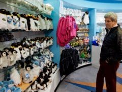 Gift Shop 1 240x180 - International Antarctic Centre