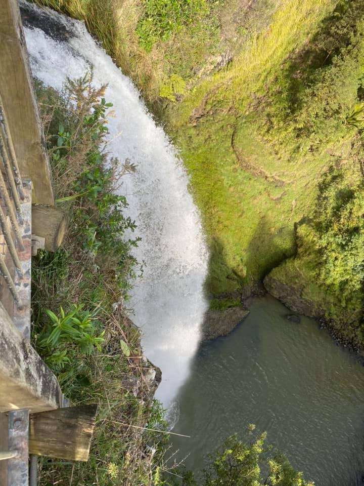Bridal Veil Falls 05 - Bridal Veil Falls (Wairēinga Falls)