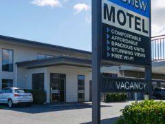 Acacia Lakeview Motel 01 240x180 - Acacia Lake View Motel