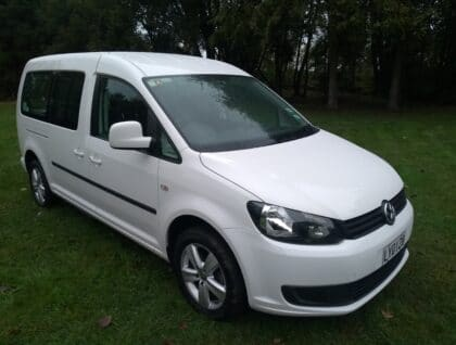 Caddy 01 420x318 - Volkswagen Caddy with Radial Hand Controls